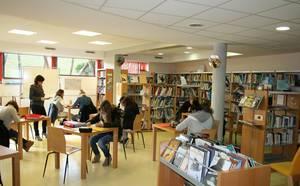 Lycée de Mirande - CDI